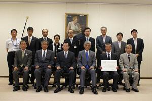 文化庁長官,文化庁次長を囲んでの記念撮影