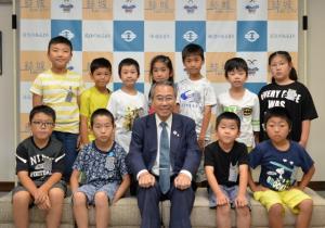 20180621 江川南小学校市役所見学 (640x448).jpg