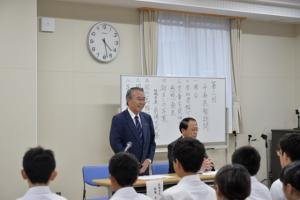 20180926 市内小中学生市長表敬訪問 (640x427).jpg